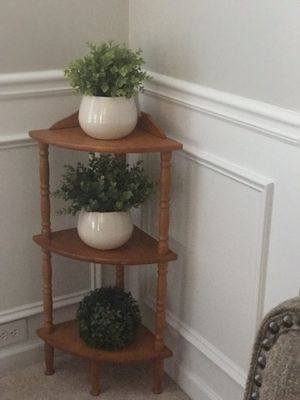 Beautiful corner 3 layers wood shelves for Sale in Lawrenceville, GA