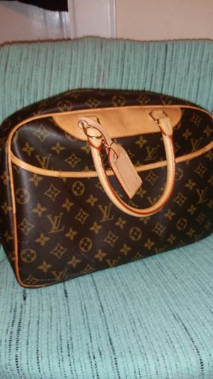 Deauville louis vuitton bag for Sale in Boston, MA
