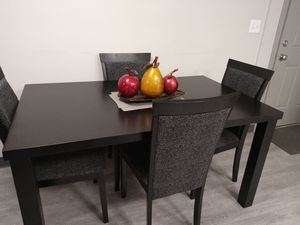 Dinning table for Sale in Galloway, OH