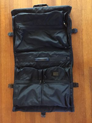Tumi Alpha Garment Bag for Sale in Los Angeles, CA
