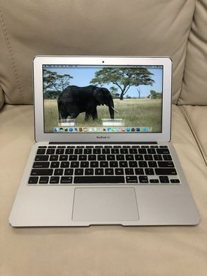 """Apple MacBook Computer Air. 11"""". Mid 2011. 4gb ram. 64 SSD. Sierra OS. 1.6ghz intel i5 64gb. Loaded with Microsoft Office 365 Pro for Sale in Everett, WA"""