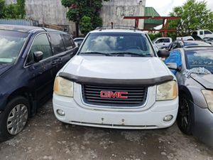 2005 GMC Envoy parts only no the car for Sale in Hialeah, FL