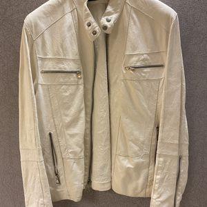 Ivory Men Leather Jacket for Sale in Bellevue, WA