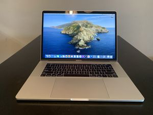 Apple MacBook Pro 15 Touch Bar Laptop - MPTR2LL/A 2017 - Quad Core 2.8GHz Core i7 16GB 256GB SSD for Sale in Downey, CA