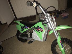 Razor Mx400 Dirt Rocket Electric Motocross Bike Green for Sale in Reynoldsburg, OH