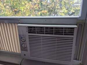 GE Window AC unit for Sale in Washington, DC