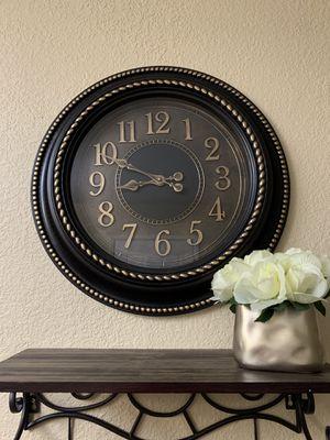 "20"" Wall Clock for Sale in Selma, CA"