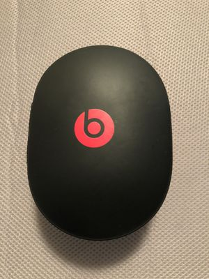 Beats Studio Wireless Headphones (Grey) for Sale in Chicago, IL