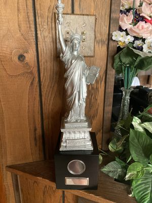 Statue of Liberty for Sale in Willow Springs, IL