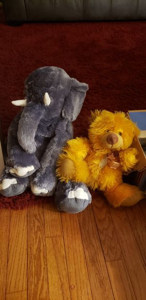 Stuffed animals FREE for Sale in West Laurel, MD