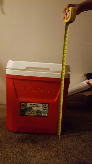 COOLER $$$25 N/ CONDITIONS for Sale in El Cajon, CA