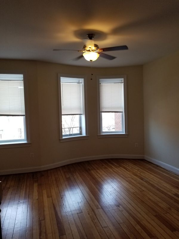 Beautiful 2 Bedroom Apt in Reservoir Hill- Baltimore City