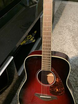 Yamaha Acoustic Guitar FG720S. Good Condition for Sale in San Diego,  CA