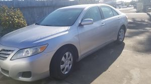 2010 toyota camry for Sale in Stockton, CA