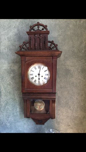 Antique Wall Clock for Sale in Homer Glen, IL