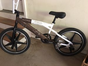 Boys 20 inch mongoose bike for Sale in Cumming, GA