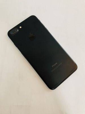 IPhone 7 Plus (32 GB) Excellent Condition With Warranty for Sale in Cambridge, MA