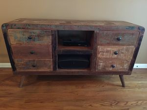 Tv console for Sale in Raleigh, NC