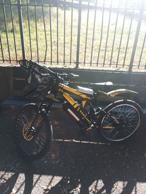 Gt fury bike 27.5 downhill bike custom design for Sale in The Bronx, NY