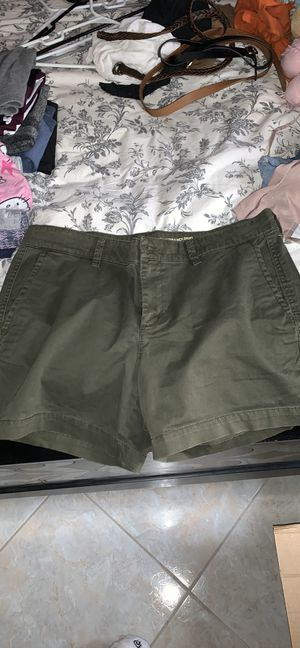 OLIVE SHORTS FROM GAP SIZE 8 for Sale in Orlando, FL