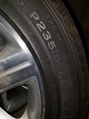 Cadillac Wheels 17 inch Original In Excellent Condition for Sale in Vacaville, CA