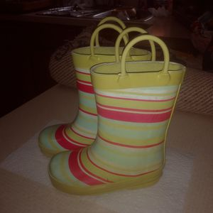 Girls rain boots for Sale in Vineland, NJ