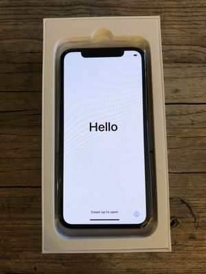 iPhone 11 Pro 256gb fully unlocked amazon renewed for Sale in Chicago, IL