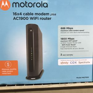 Motorola 16 X 4 Cable Modem AC1900 for Sale in North Las Vegas, NV