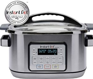 Instant Pot Aura Pro Multi-Use Programmable Slow Cooker with Sous Vide, 8 Quart for Sale in Los Nietos, CA