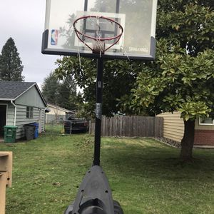 Spalding Basketball Hoop for Sale in Vancouver, WA