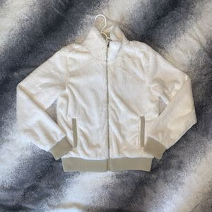 Patagonia White and Tan Faux Fur Jacket for Sale in San Jose, CA