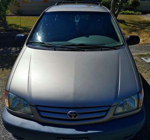 2002 Toyota Sienna for Sale in Seattle, WA