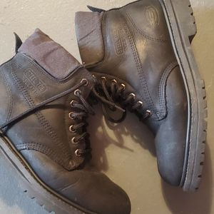 Sketcher Steel Toe Boot Men Size 9 for Sale in Durham, NC