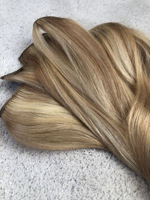100% REMY HUMAN HAIR EXTENSIONS for Sale in San Marcos, CA