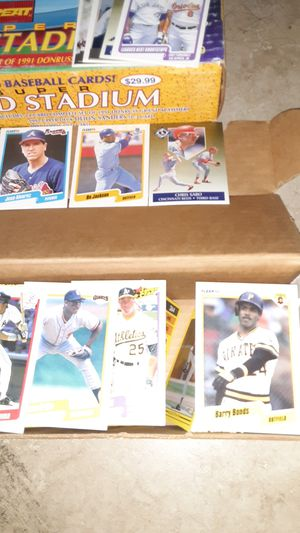 Baseball cards 90 and 91 fleer for Sale in Phoenix, AZ