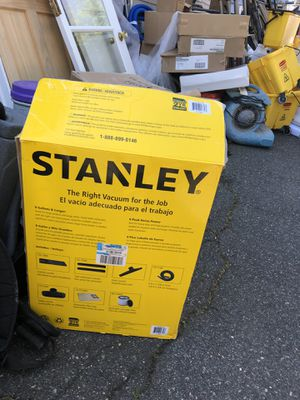Stainless still wet dry vacuum, open box, but brand new for Sale in Lynn, MA