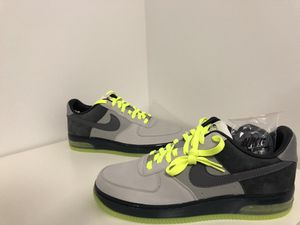 2008 Nike Air Force 1 Supreme Max Air: Brand New, Never Worn Size: 11 for Sale in Chicago, IL