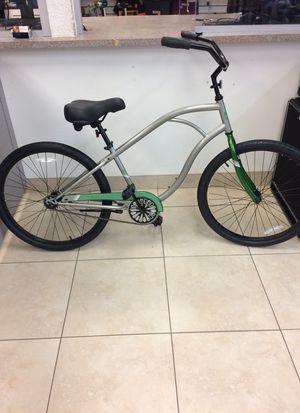 evo palmetto bike cruiser like new condition for Sale in Boca Raton, FL
