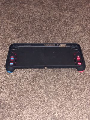 Skull and co. Case and carrying case for the Nintendo switch for Sale in Huntington Beach, CA