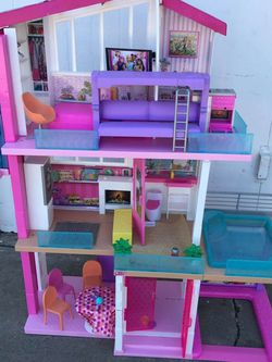 Barbie House With Pool And Elevator for Sale in Torrance,  CA
