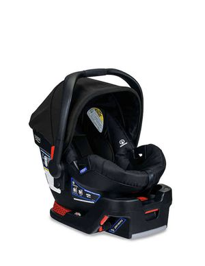 Britax Infant Car Seat and Base for Sale in Gilbert, AZ