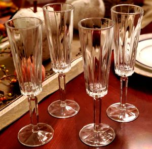 Brand New Beautiful Toasting Champagne Flutes Perfect for wedding or holiday gift for Sale in Roseville, CA