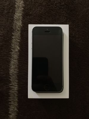 Apple Iphone 32gb (Boost Mobile locked) for Sale in Tampa, FL