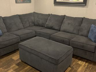 Sectional And Recliner for Sale in Houston,  TX