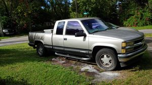 1998 Chevy Silverado 1500 for Sale in Tampa, FL