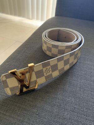 Louis Vuitton belt (I'm sz 36-38) for Sale in Oakland Park, FL