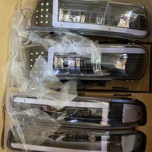 1999-2002 Chevy Tahoe Suburban Silverado Headlights for Sale in Pomona, CA