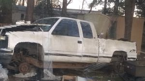 98 Chevy Z71 4 x4 for Sale in Huffman, TX