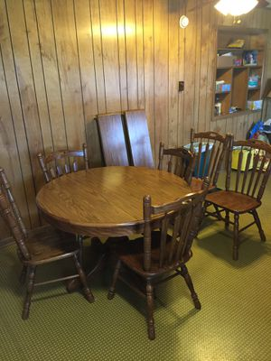 Kitchen table and 6 chairs for Sale in High Hill, MO