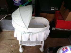 Bassinet for Sale in Marengo, OH